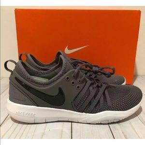 Womens Nike Free TR 7 Size 8 Color Gunsmoke/white